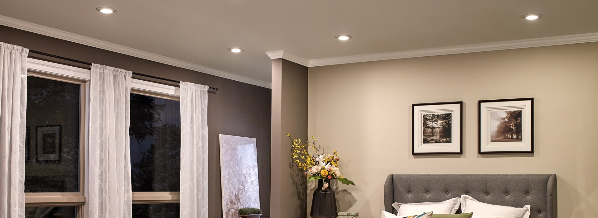 Recessed & Downlights