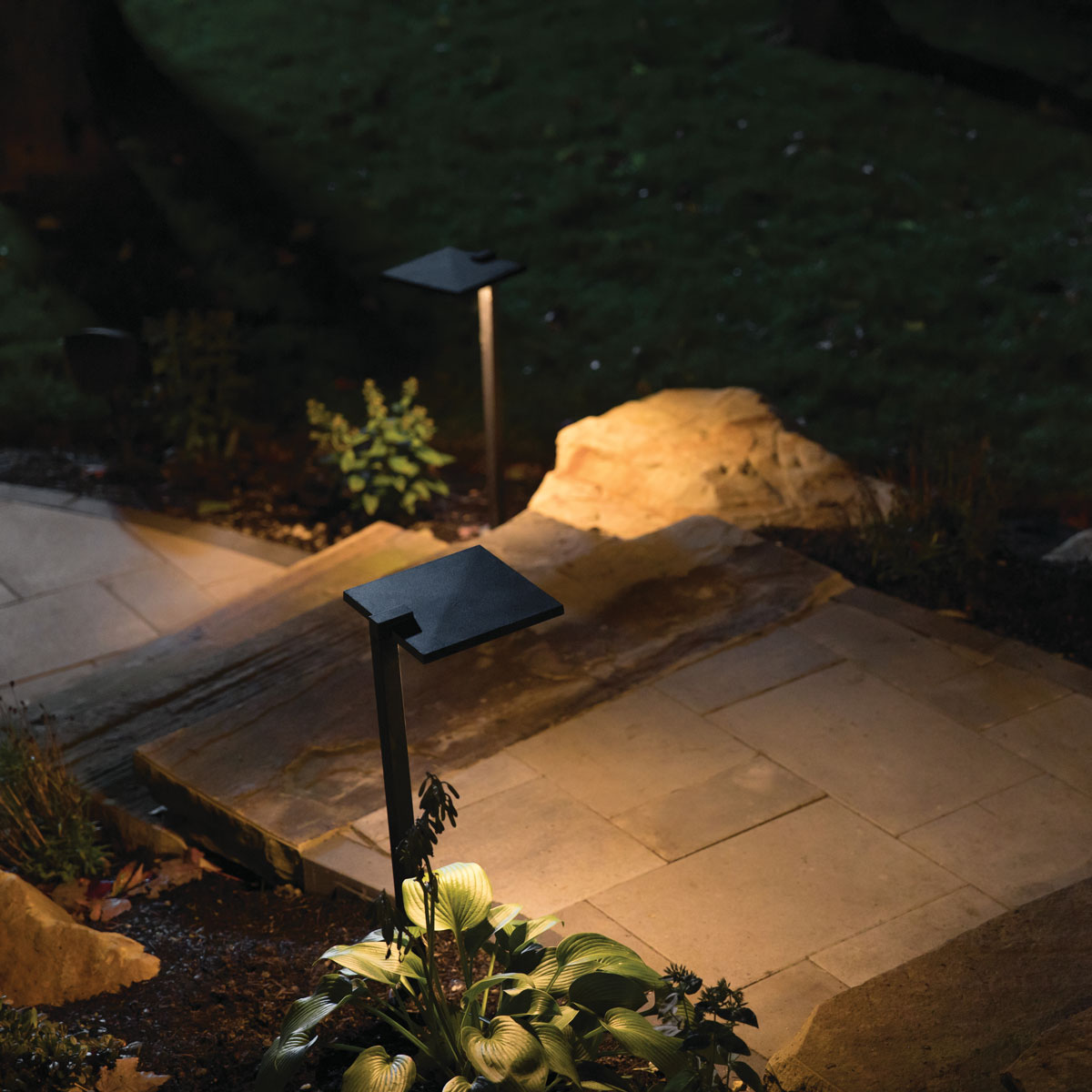 Outdoor Landscape Lighting Hardscape Path Lighting