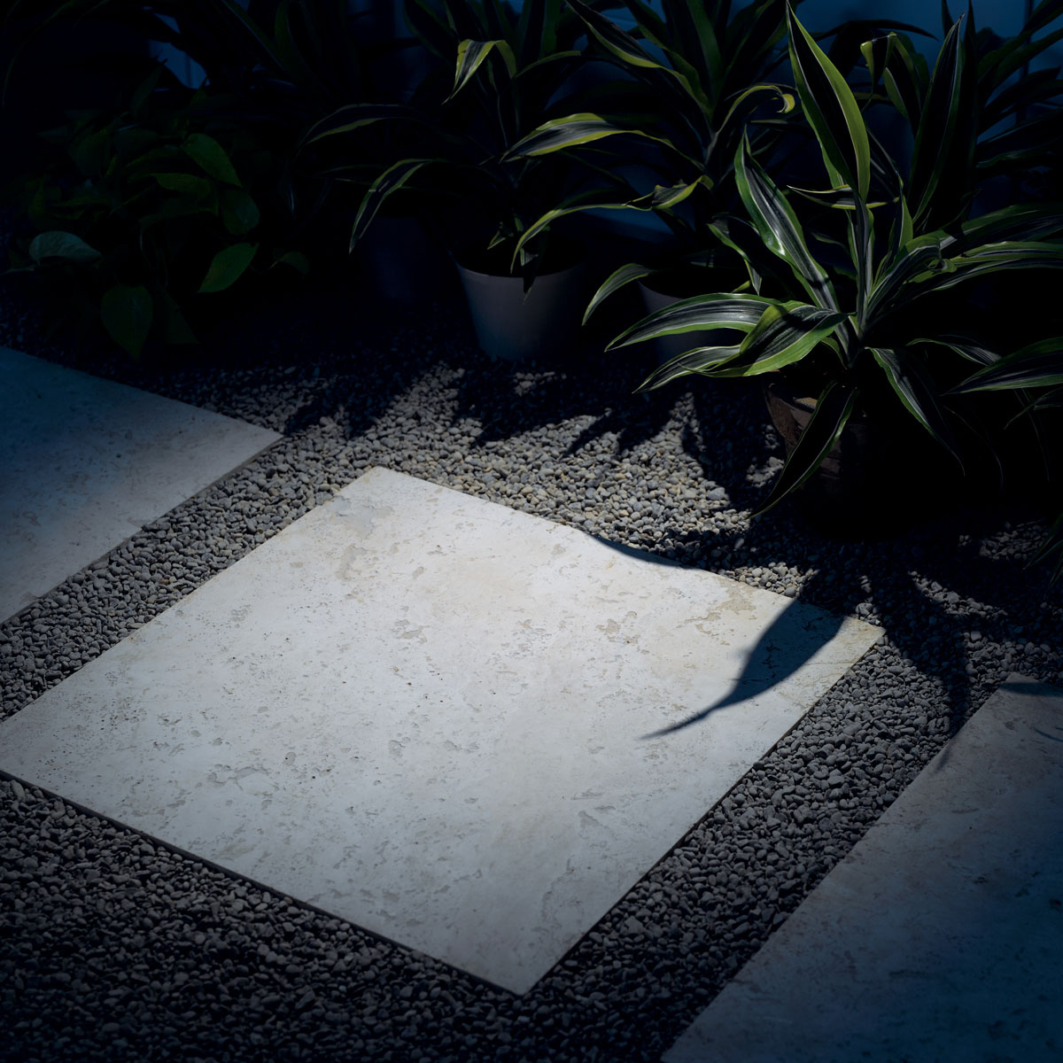 Cool White 4000 Kelvin Color Temperature for Landscae Design Tips