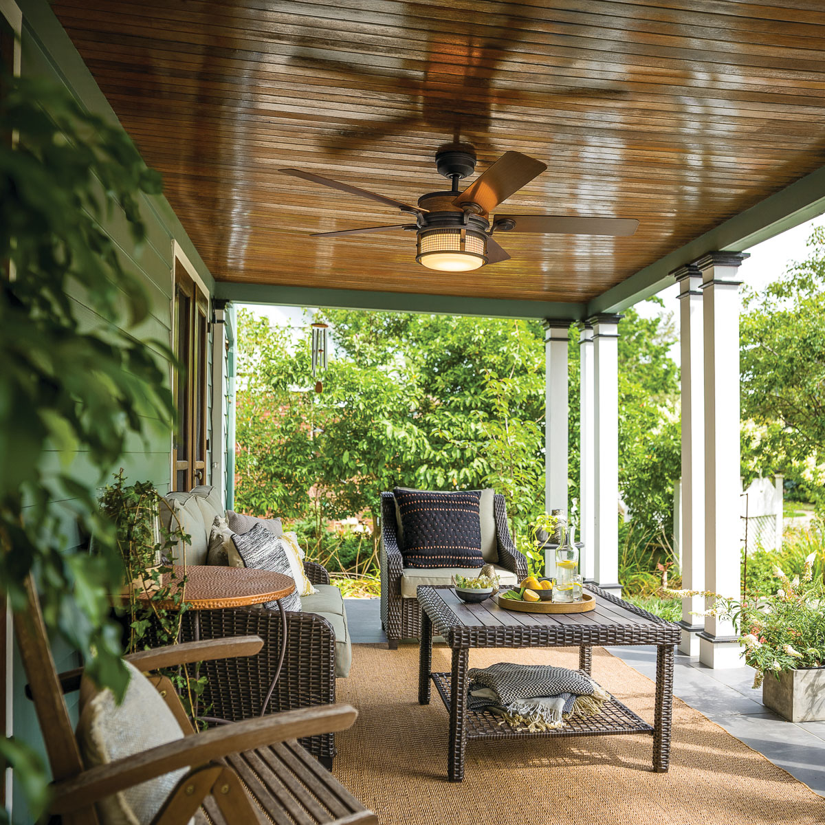 Indoor & Outdoor Ceiling Fans